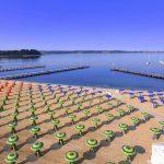 Der Strand in Portoroz eignet sich auch für aktive Erholung