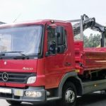 """Lila Mercedes-Benz Actros 2663 """"Lowrider"""" Semi-Truck ist nicht nur Show"""